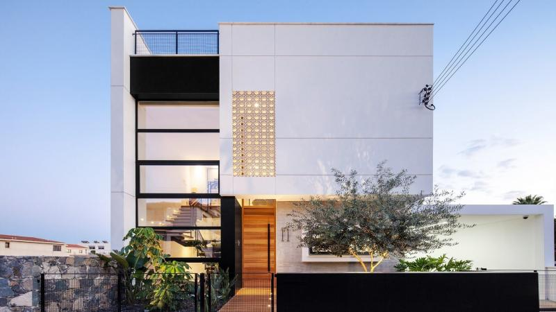 Private Residence M+E